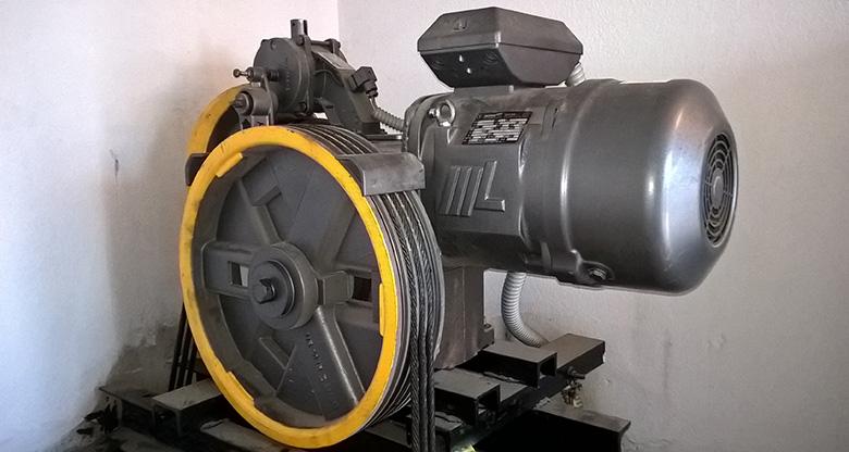 erga-anelkysthrwn-lifttek-100